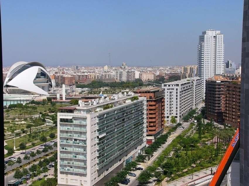 Reportaje desde el complejo aqua center y torre iberdrola - Oficinas de iberdrola en valencia ...